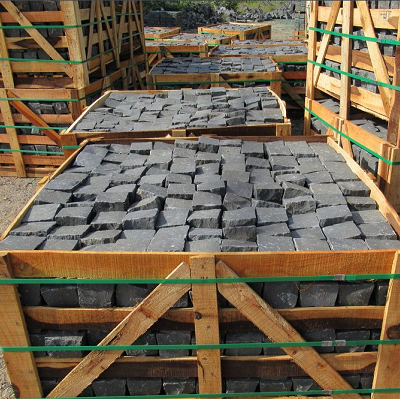 Basalto Pietra lavica per Pavimentazioni Esterni e Interni Vendita prezzi all'ingrosso