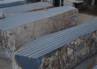 Basalto vietnamita in blocchi