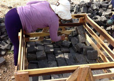 Cubetti in basalto a spacco vietnam