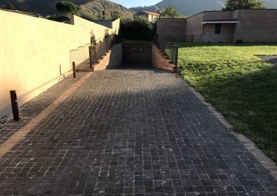 Pavimento in cubetti basalto a Roma