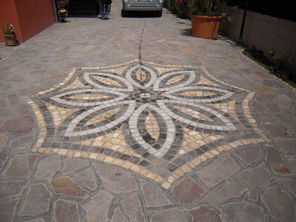 Porfido rosso grigio pavimenti esterni piastrelle scale a roma del